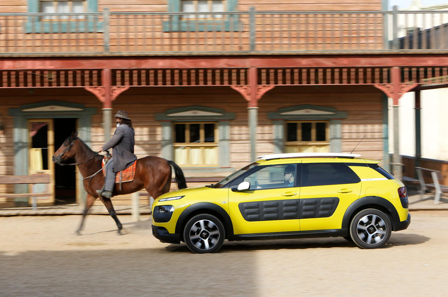Citroen C4 Cactus vs the desert - picture special