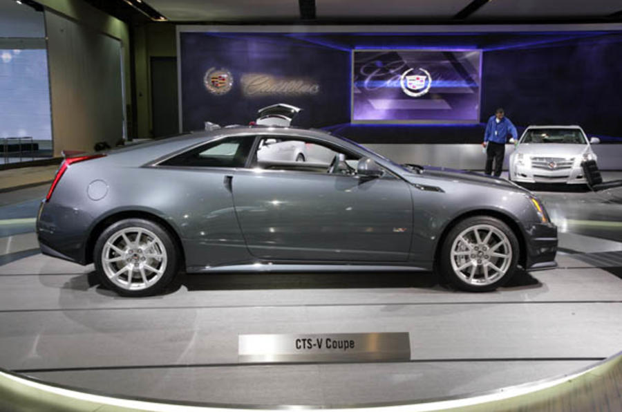 Cadillac CTS-V coupe set for UK