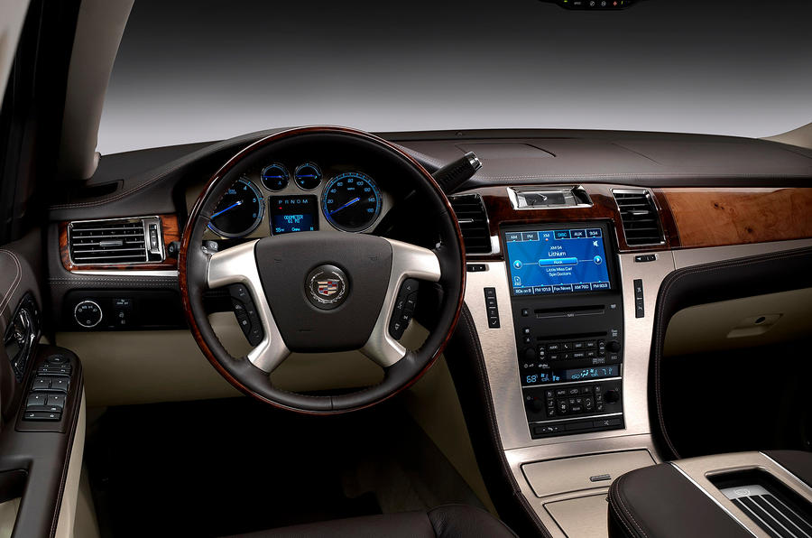 Cadillac Escalade 2005-2010 Review (2017) | Autocar