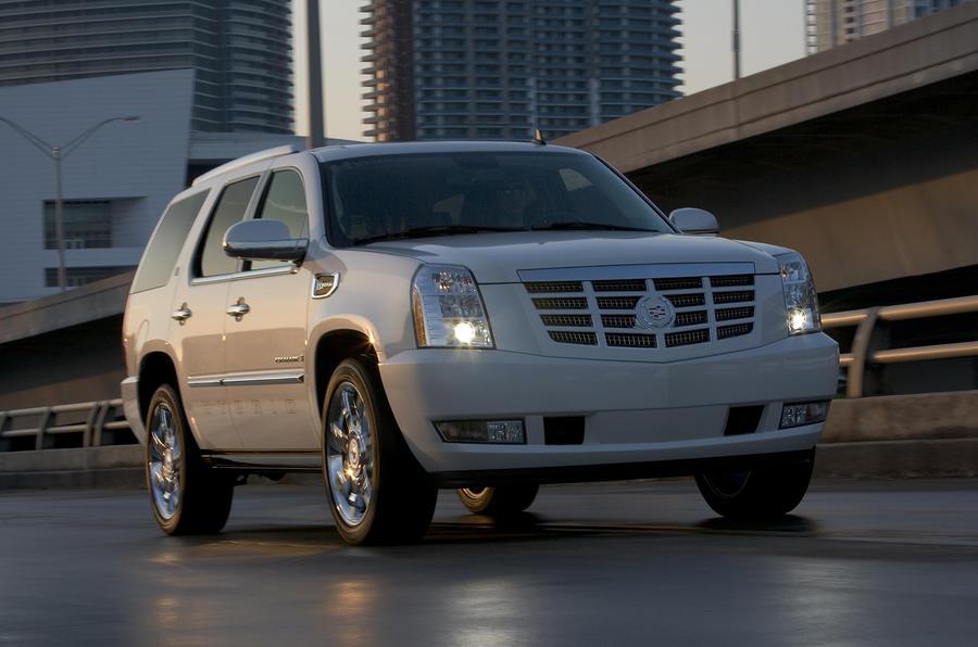 2.7 tonne Cadillac Escalade hybrid