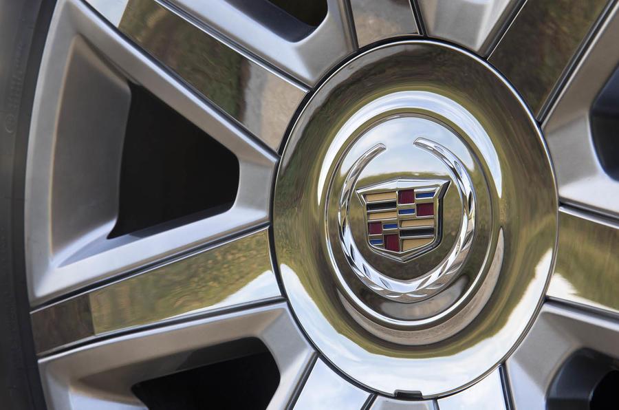 Cadillac Escalade alloy wheels