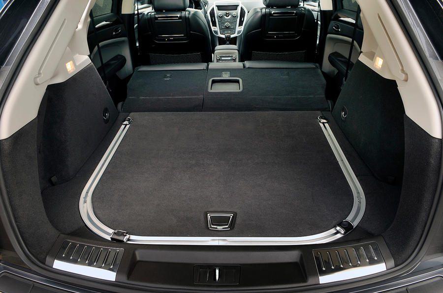 Cadillac SRX boot space