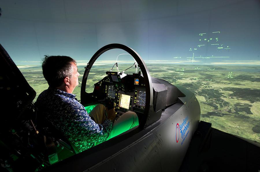 Cockpit comparison - Jaguar F-type versus Eurofighter