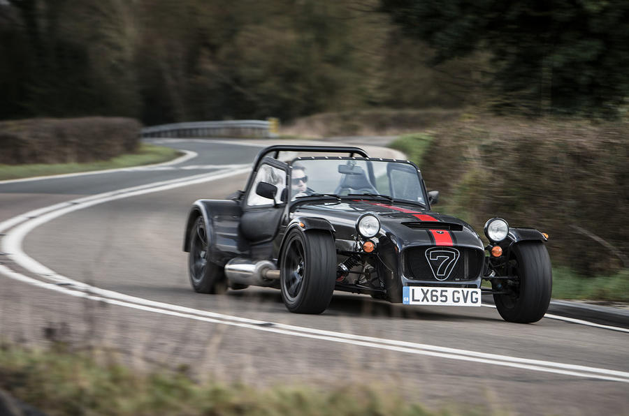 Caterham 620S cornering