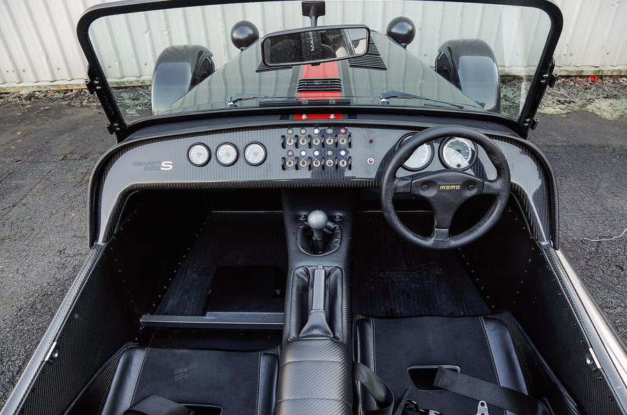 Caterham 620S dashboard