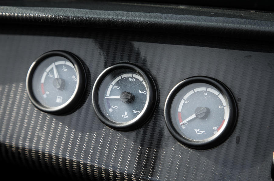 Caterham 620S gauges up close
