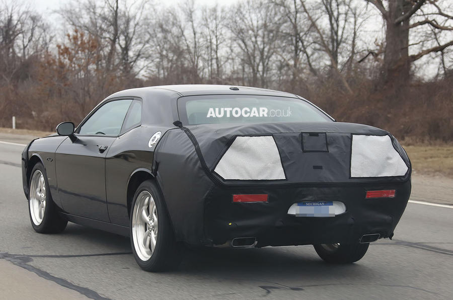 2015 Dodge Challenger spotted testing