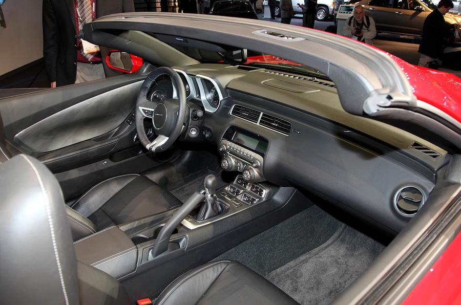 LA motor show: Camaro convertible