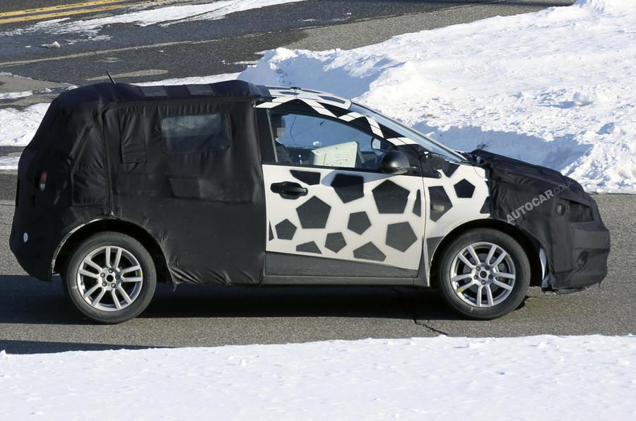 New Chevrolet Aveo spied