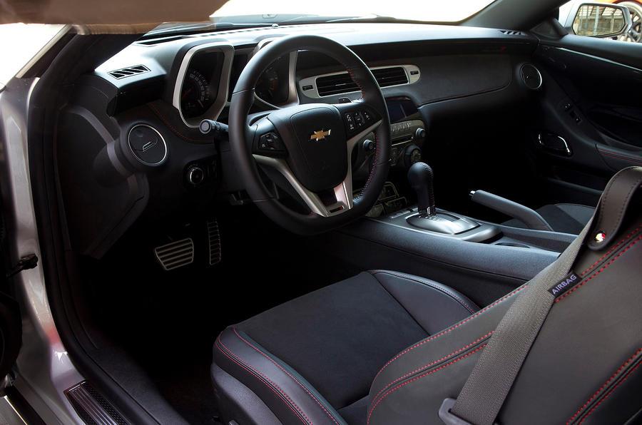 Chevrolet Camaro ZL1 interior