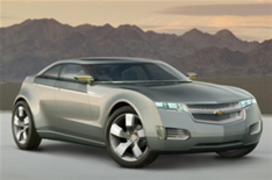 GM hybrid powertrain news