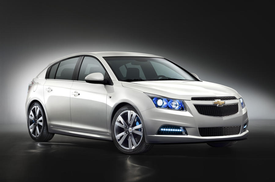 Paris motor show: Chevrolet Cruze hatch