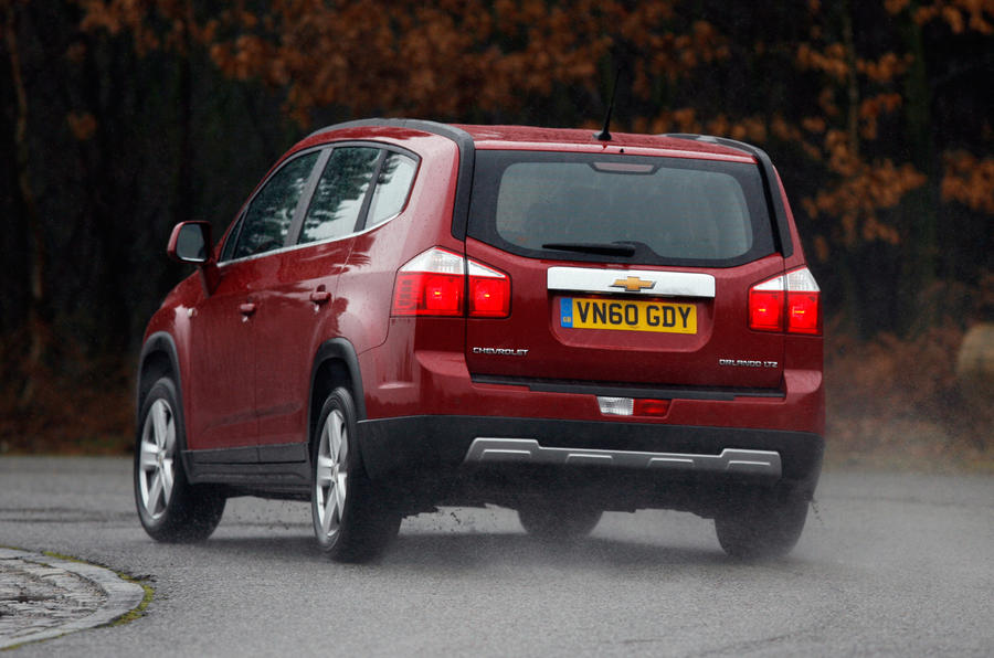Chevrolet Orlando rear cornering