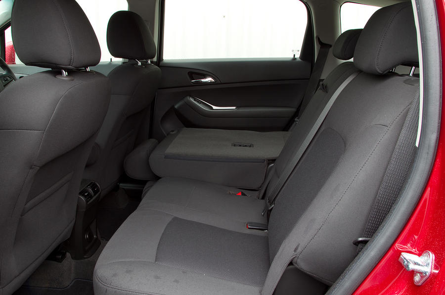 Chevrolet Orlando rear seats