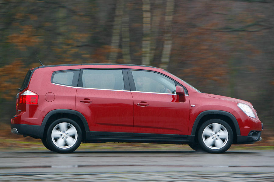 Chevrolet Orlando side profile