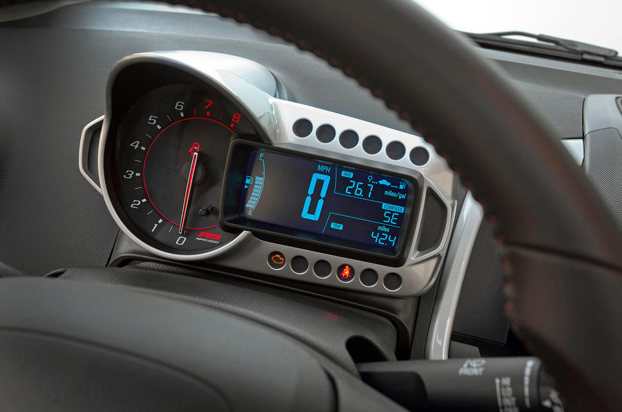 Chevrolet Sonic RS instrument cluster