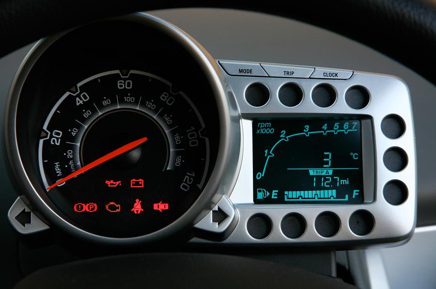 Chevrolet Spark instrument cluster