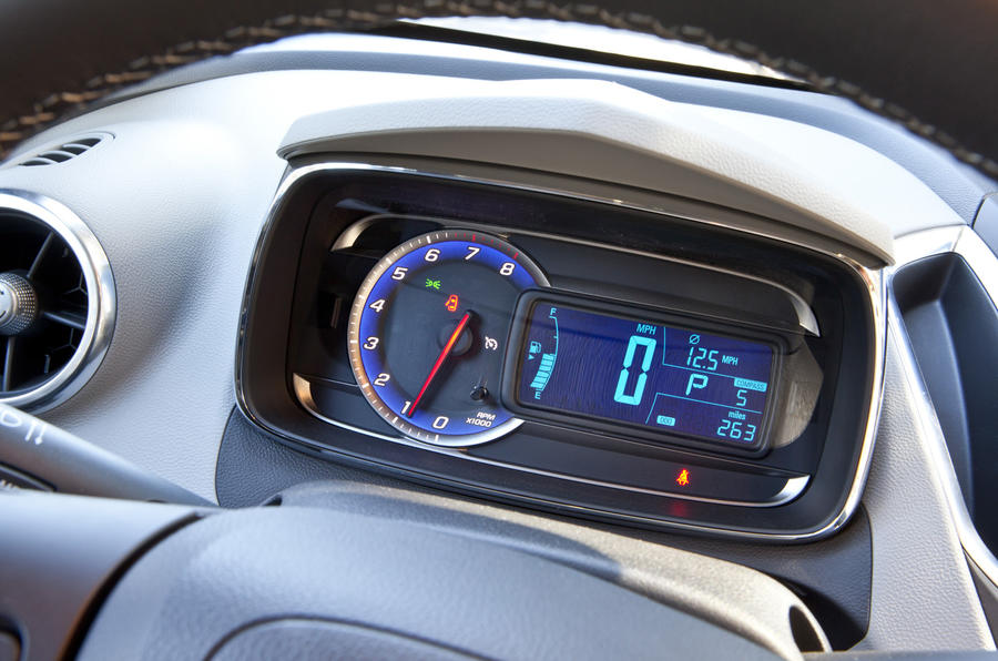 Chevrolet Trax instrument cluster