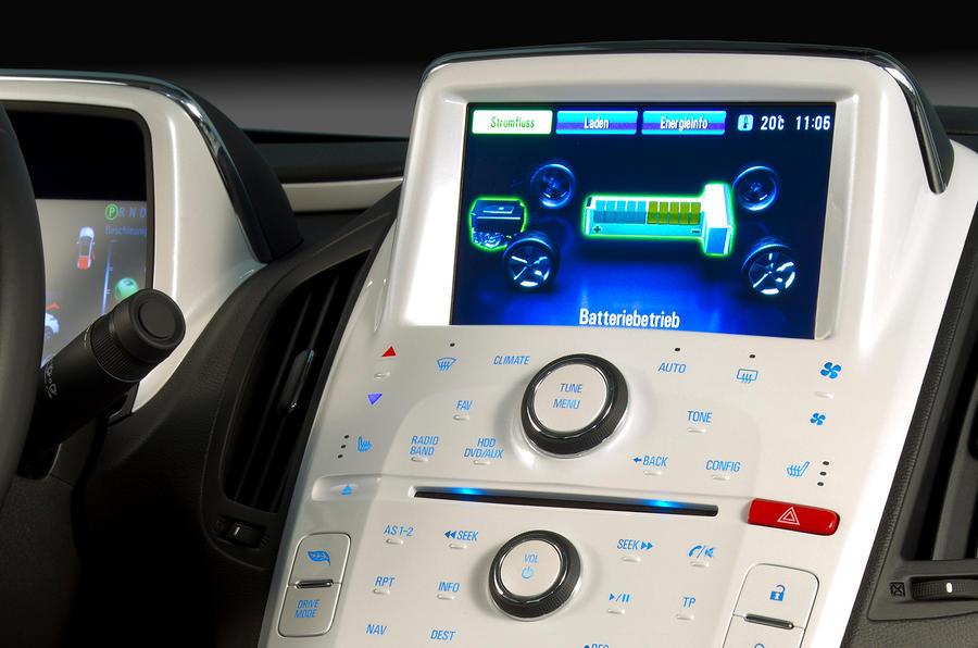 Chevrolet Volt infotainment system