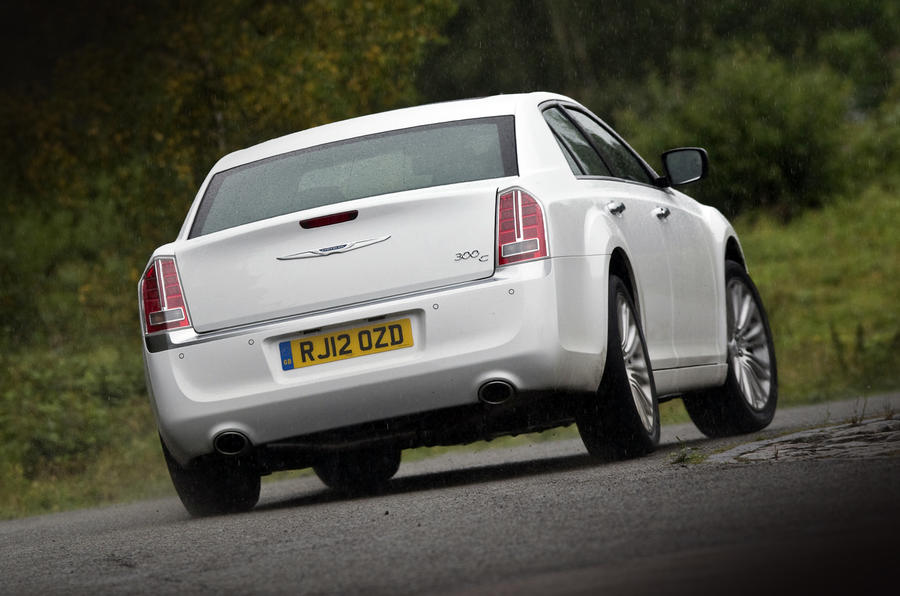 Chrysler 300C hard rear cornering