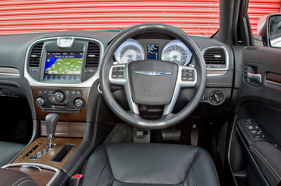 chrysler 300c 2012 2015 review autocar. Black Bedroom Furniture Sets. Home Design Ideas