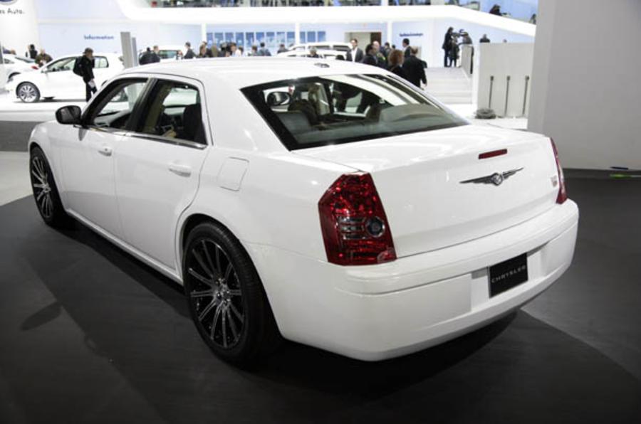 Detroit show: Chrysler 300C