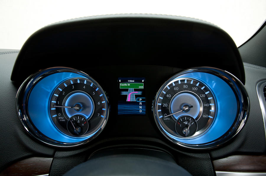 Chrysler 300C instrument cluster