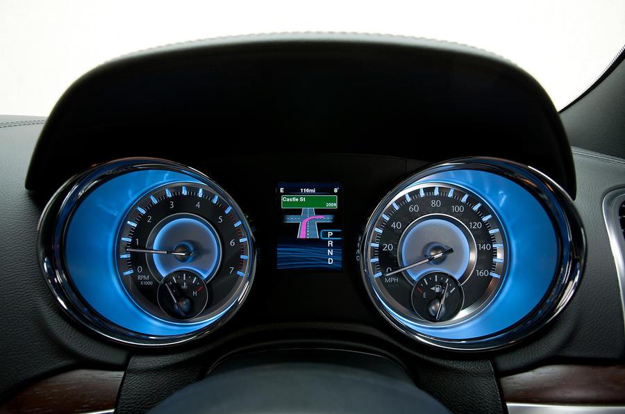 Chrysler 300C instrument cluster
