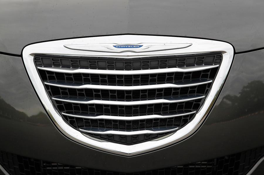 Chrysler Delta front grille