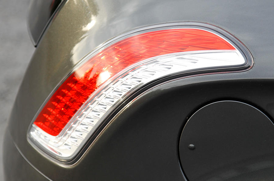 Chrysler Delta rear lights