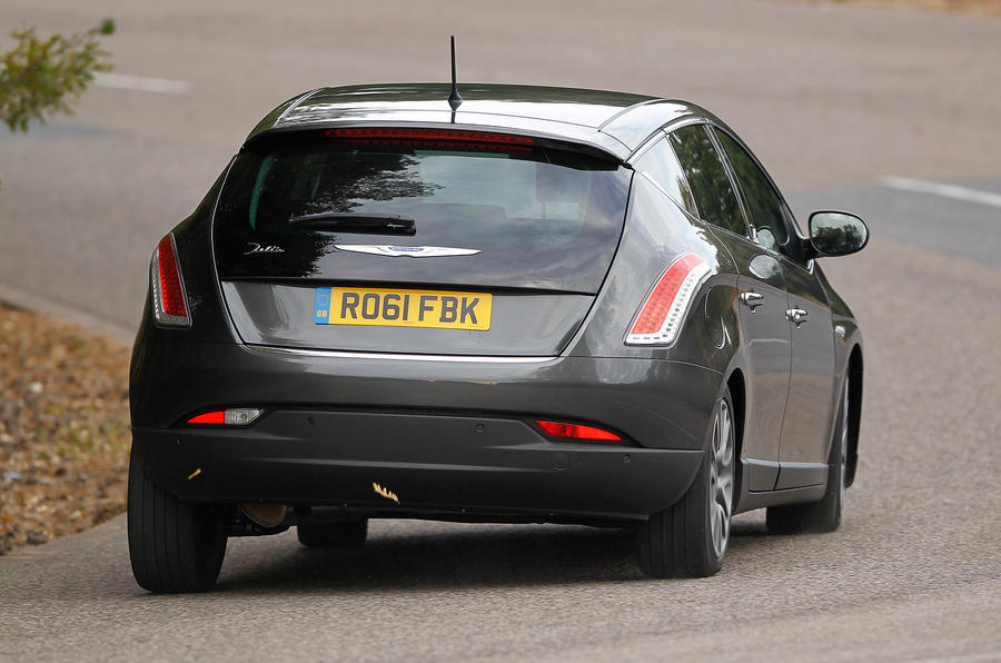Chrysler Delta rear cornering