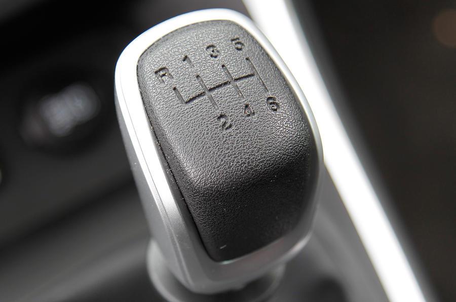 Chrysler Delta manual gearbox
