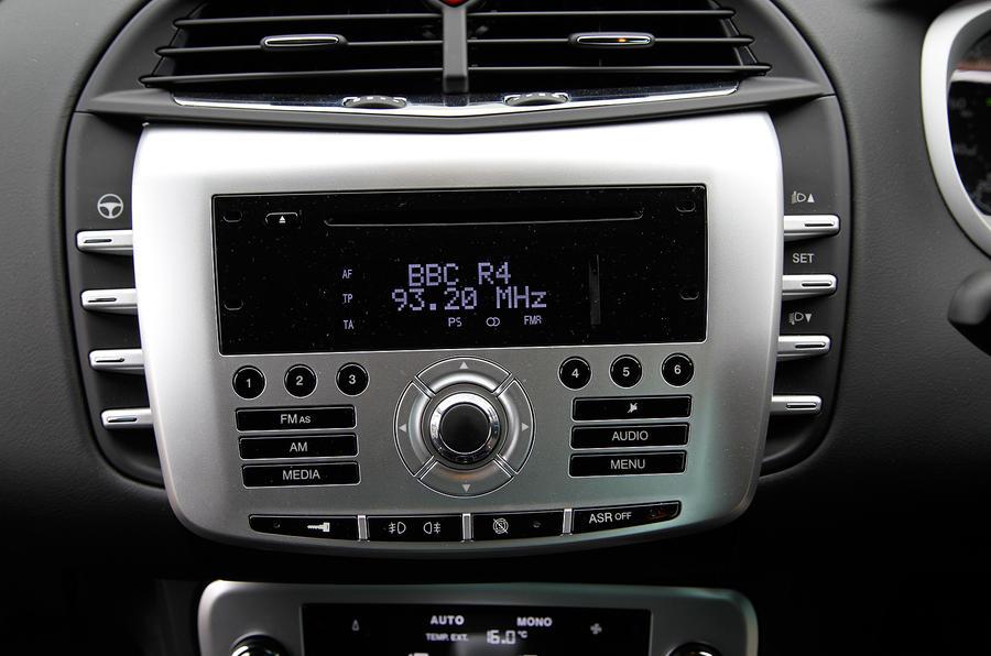 Chrysler Delta infotainment system