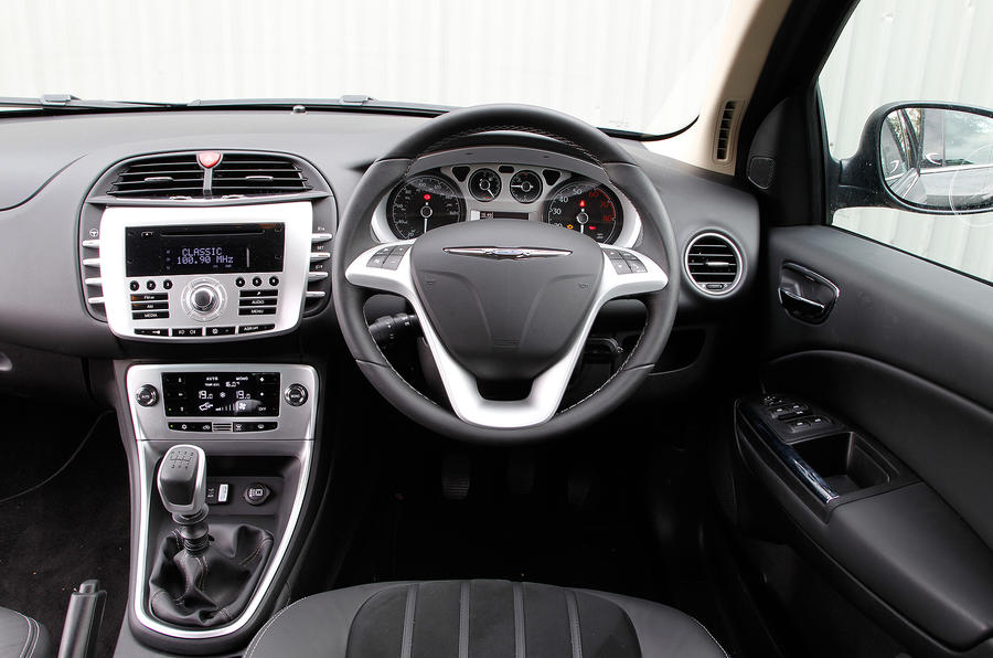Chrysler Delta interior