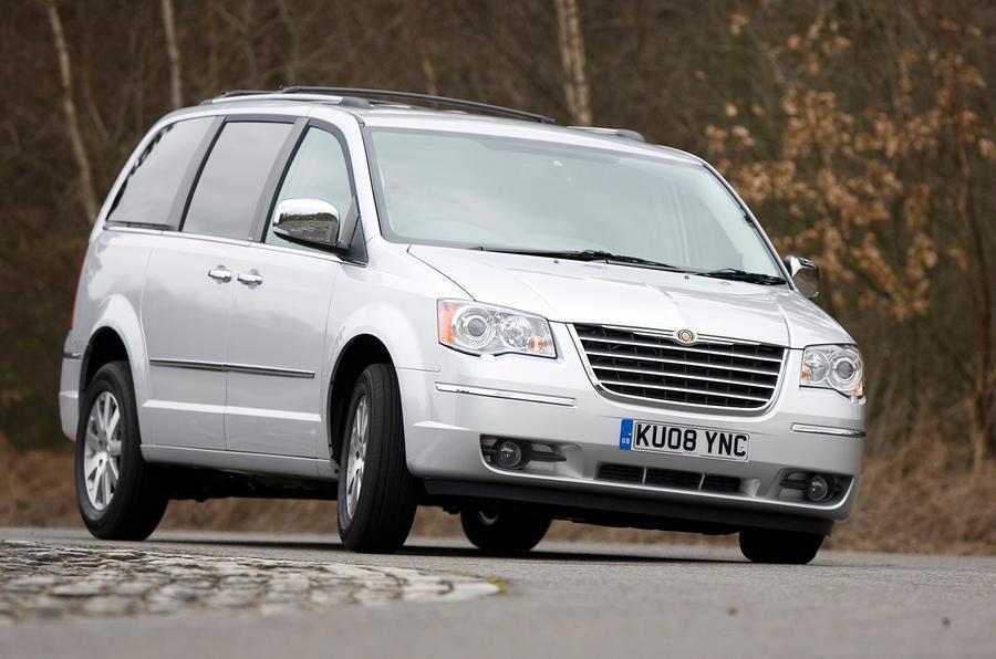 Chrysler Voyager hard cornering
