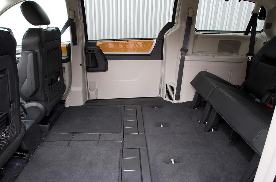 Chrysler Voyager third row seats