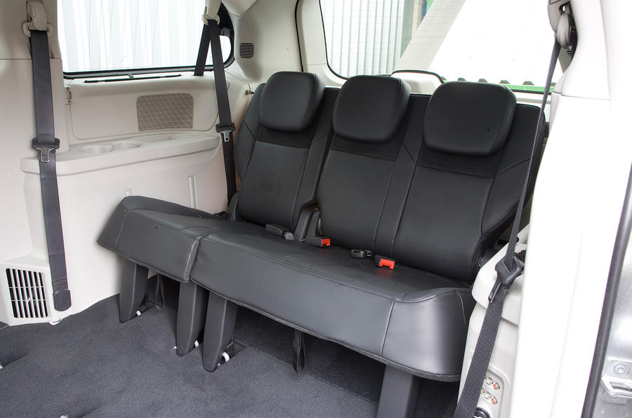 Chrysler Voyager back row seats