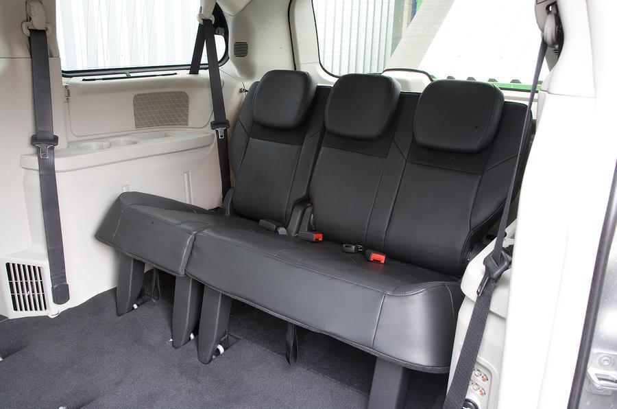 Chrysler Voyager back row seats