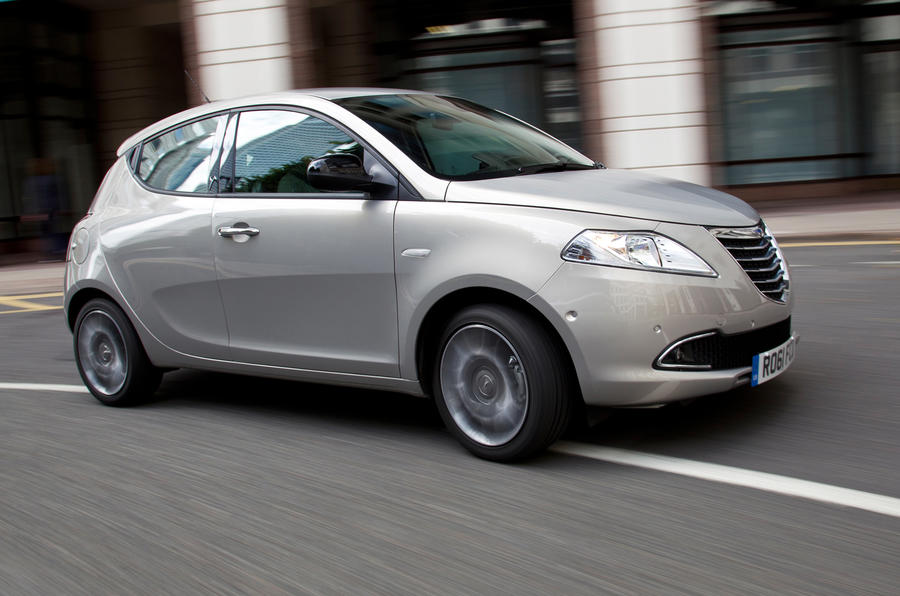 Chrysler Ypsilon 1.2 S-series first drive review