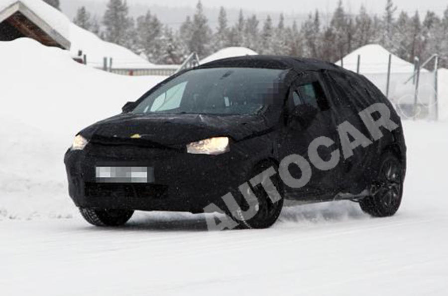 Citroen DS4 spied testing