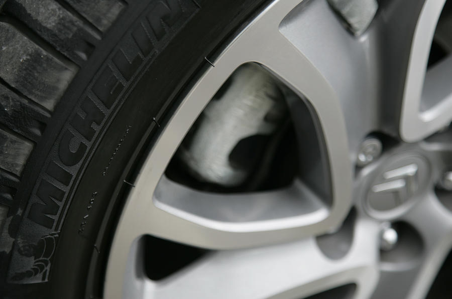 Citroën C-Crosser alloy wheels