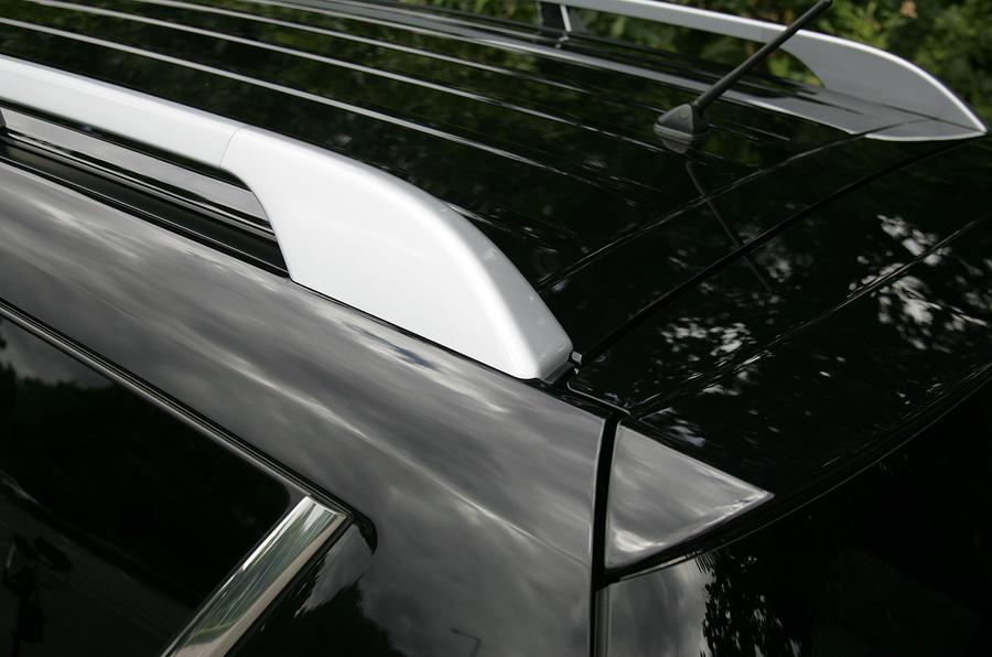 Citroën C-Crosser roof rails
