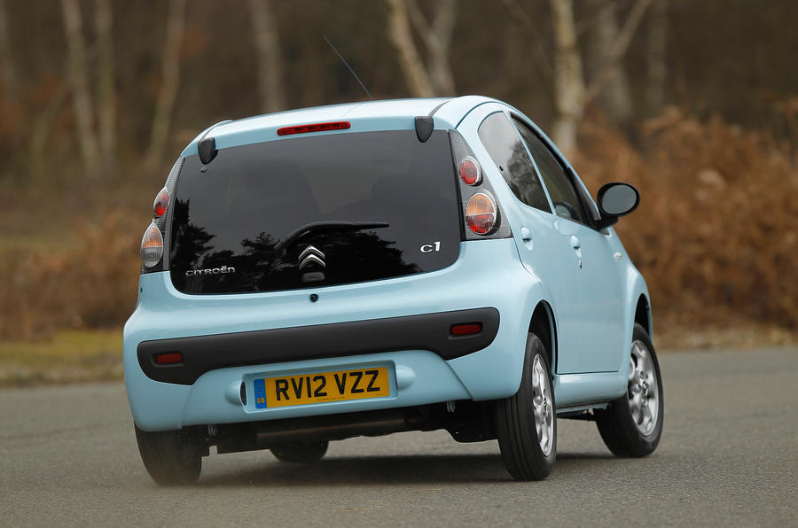 Citroën C1 rear cornering