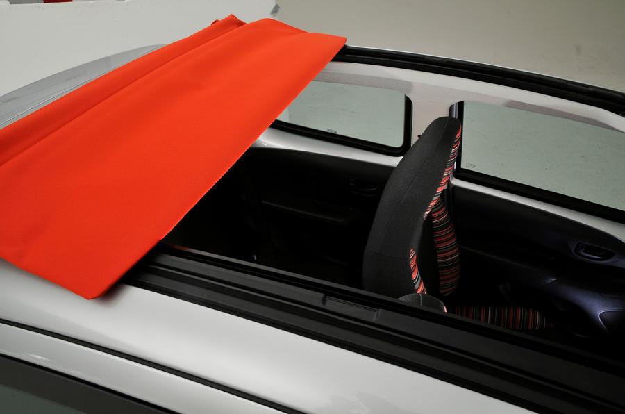 Citroen C1 Airscape roof