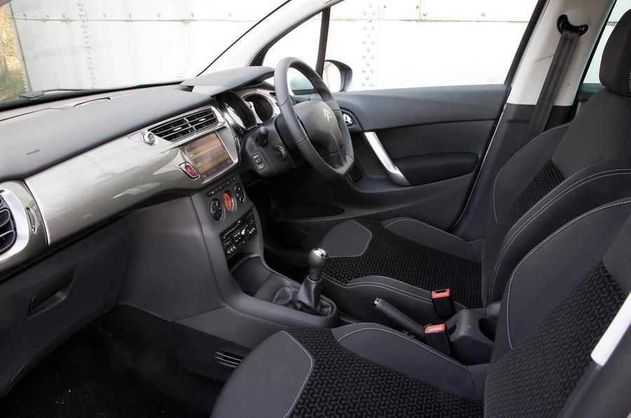 Citroën C3 front seats
