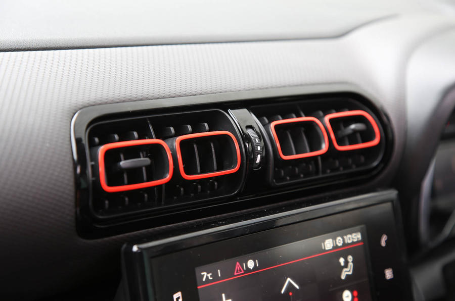 CItroen C3 Aircross 2018 review front air vents