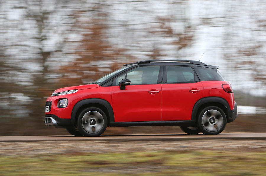 Citroen C3 Aircross 2018 review on the road left side