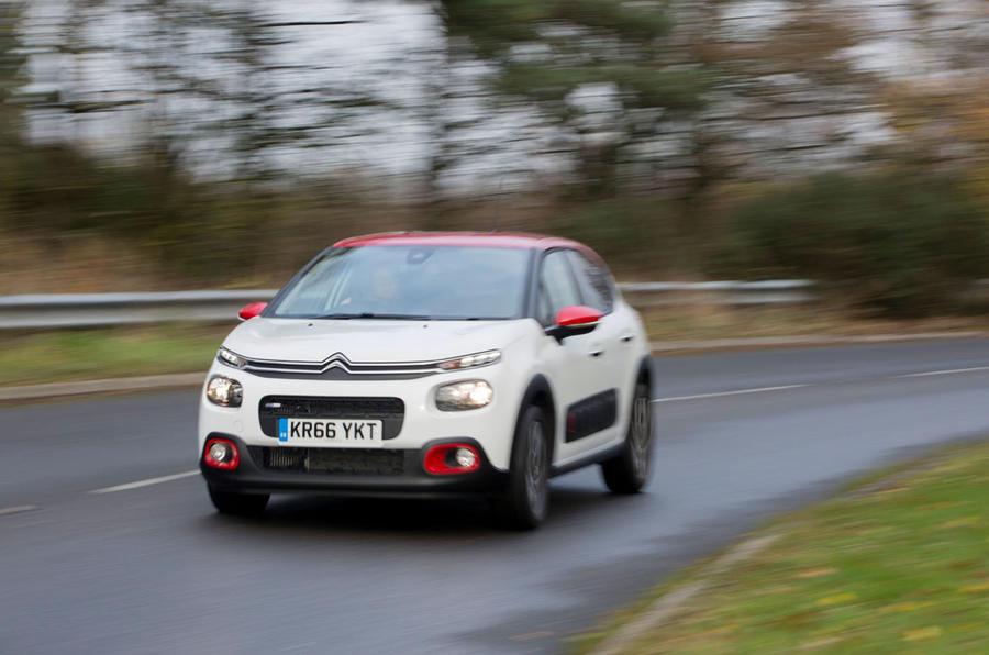 Citroën C3 cornering