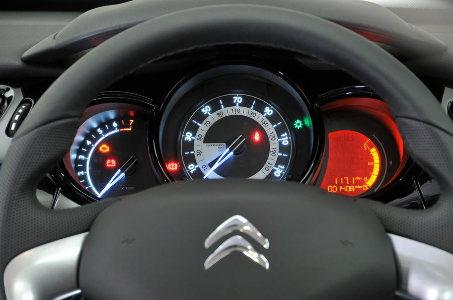 Citroën C3 instrument cluster