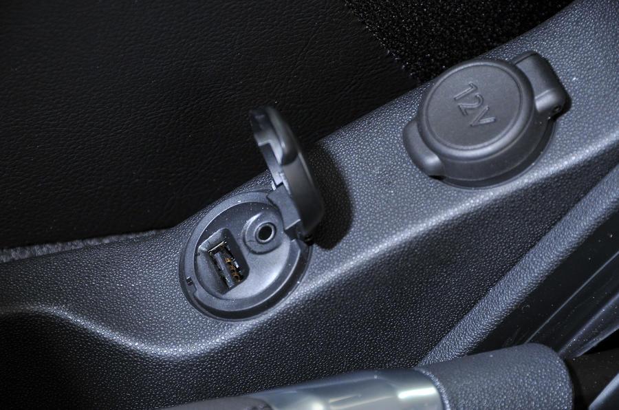 Citroën C3 multimedia ports